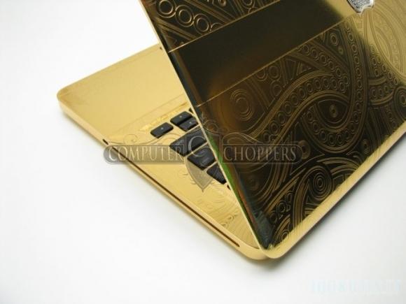 MacBook iš aukso