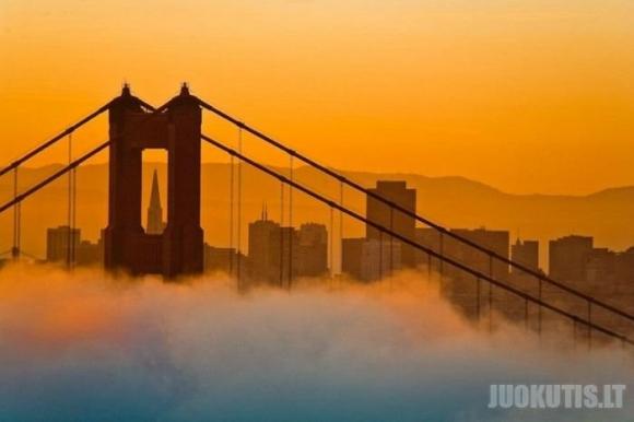 Garsus San Francisko rūkas
