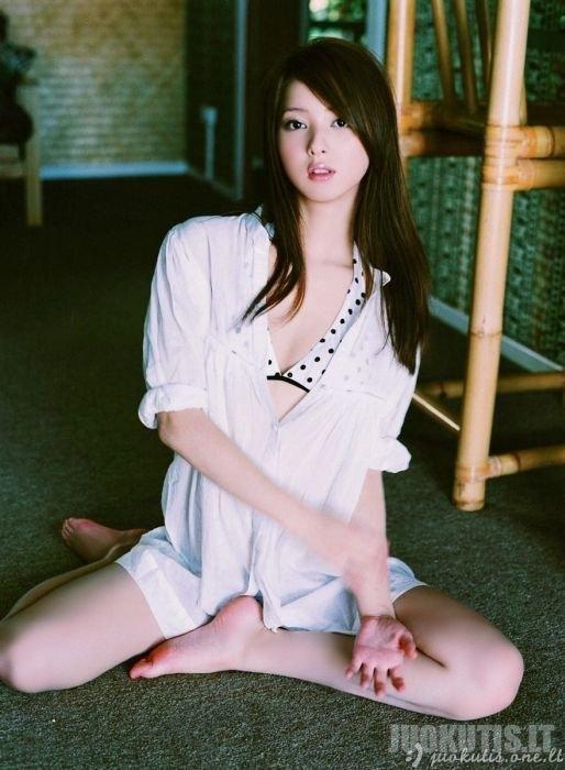 Žavios azijietės