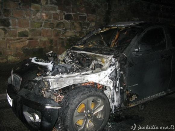 Sudie, BMW X6