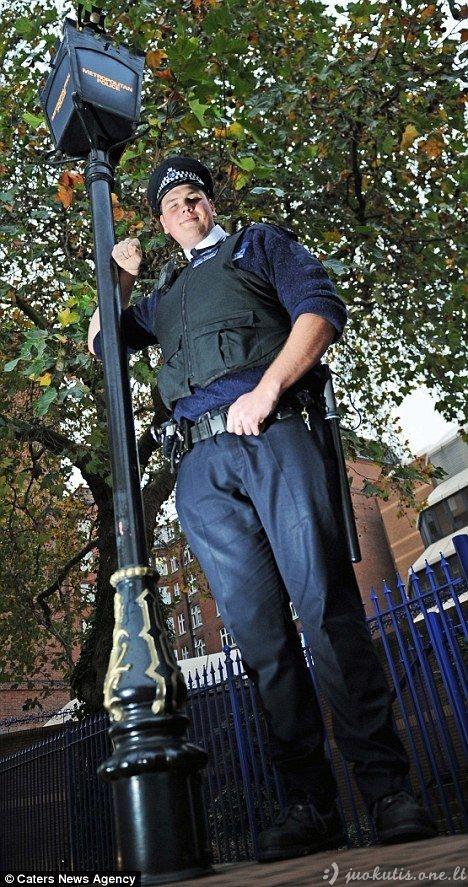 Šrekas britų policijoje