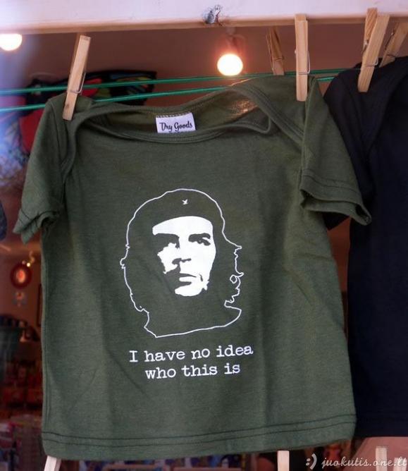 Labai juokingi vaikiški marškinėliai
