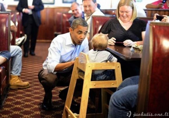 Juokingos politikų nuotraukos