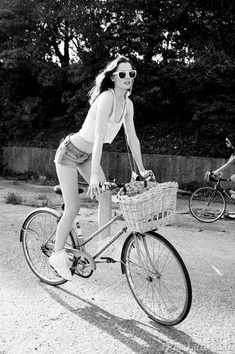Karštos dviratininkės