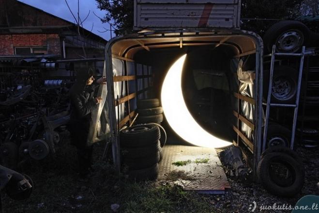 Nuosavas mėnulis