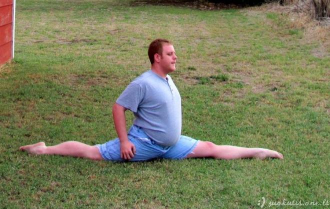 Vyrai mėgsta jogą