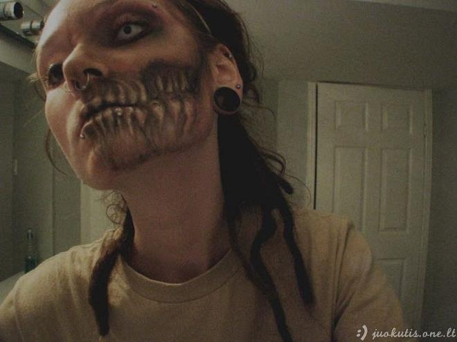 Zombio makiažas