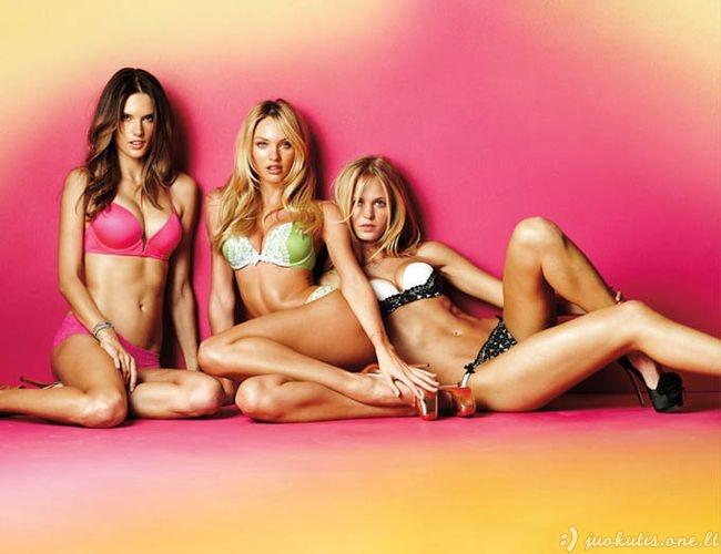"""Victoria's Secret apatinių kolekcija """"Very Sexy"""""""
