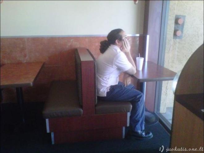 Amžinai vieniši žmonės