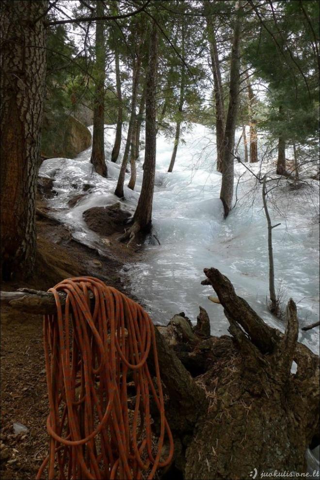 Gražiai užšalusi upė