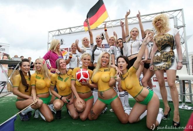 Porno-bolas: Vokietija-Austrija (N-16)