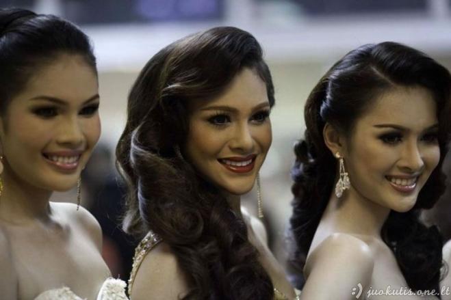 Transseksualės iš Tailando vis labiau moteriškėja
