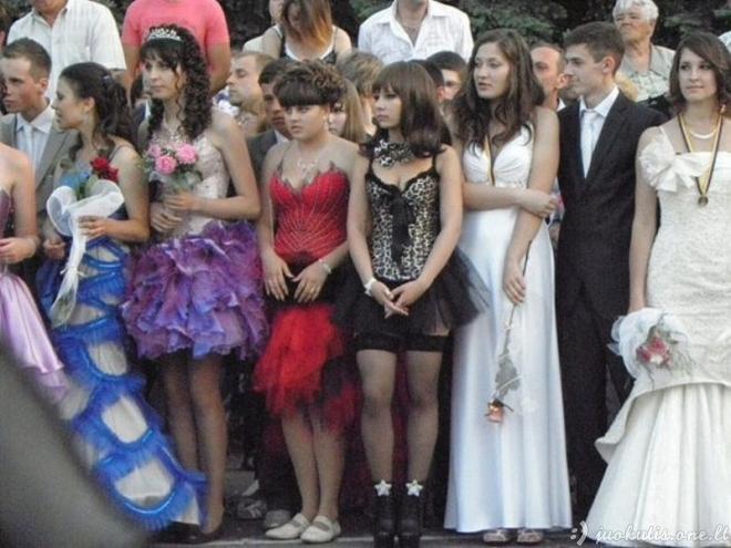 Dar viena išleistuvių suknelė