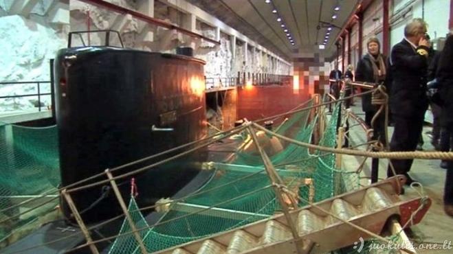 Norvegija parduoda slaptą povandeninių laivų bazę