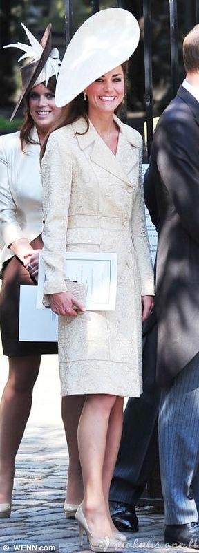 Kate Middleton turi daug suknelių ir tik vieną porą batų