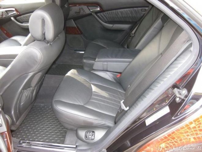 Mercedes-Benz S65 AMG iš krokodilo odos