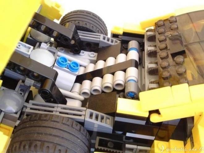 Mašinėlės iš Lego