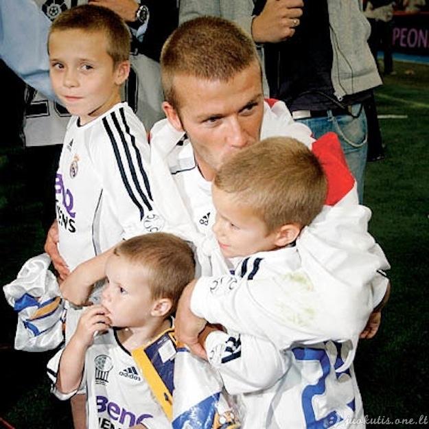 Vyrai su vaikais