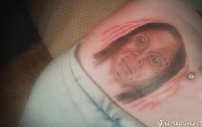 Blogiausių portretinių tatuiruočių pavyzdžiai