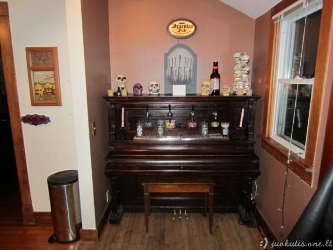 Alaus pianinas