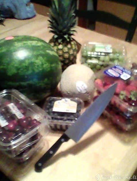 Pasidaryk pats varlę iš arbūzo