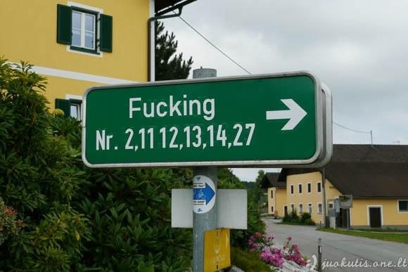 Nuostabus miestelis Fucking