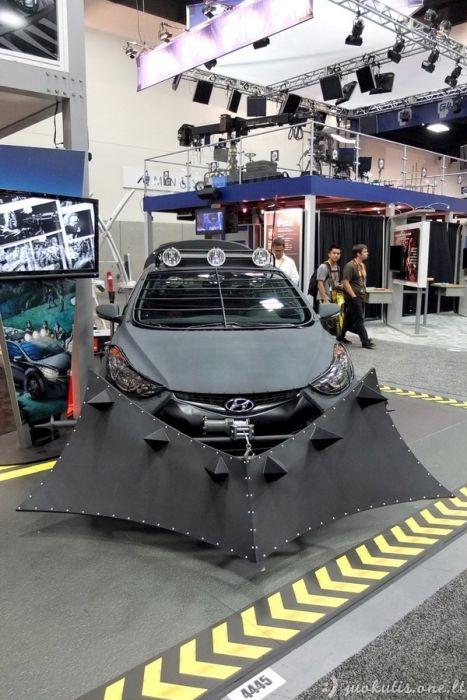 Šis automobilis padės išgyventi zombių apokalipsę