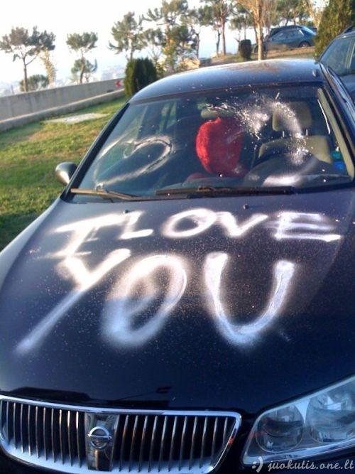 Keisti prisipažinimai meilėje