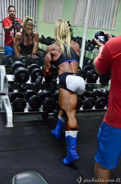 Moteris po ilgų metų intensyvių treniruočių