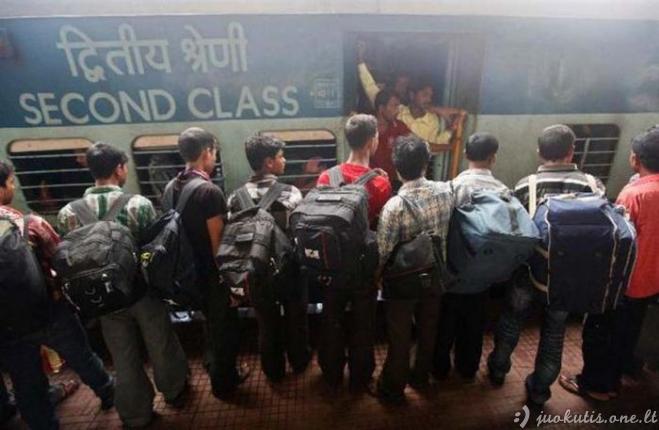 Traukiniai Indijoje