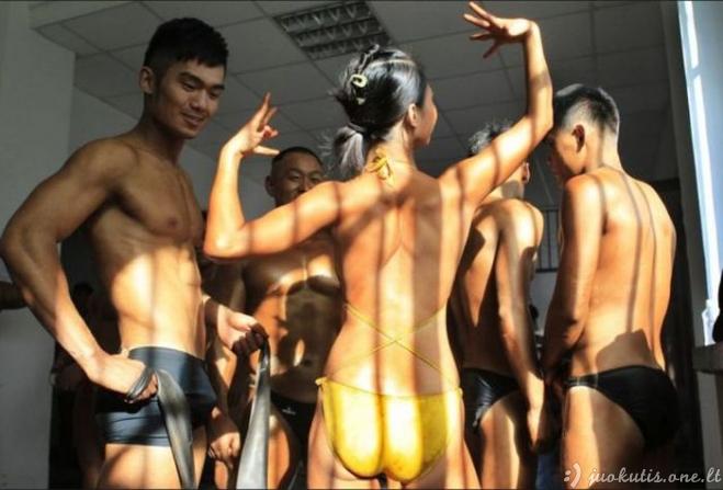 Vyrai pagauti spoksant