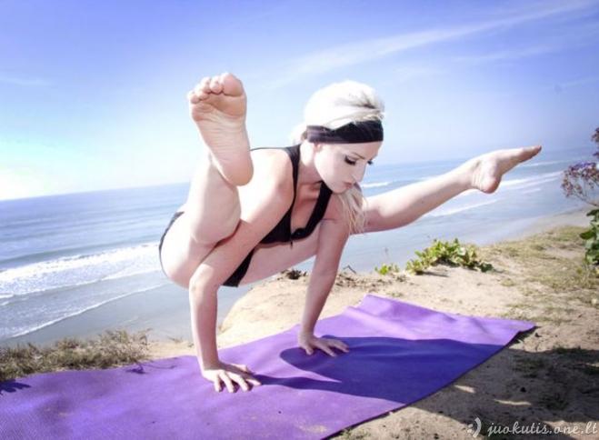 Sportiškos ir lanksčios merginos