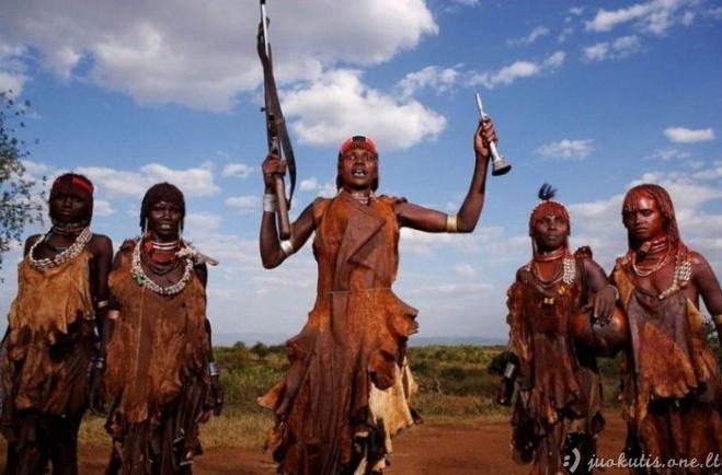 Vaizdeliai iš laukinių Afrikos kraštų