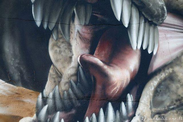 Trimatė jūros periodo parko siena