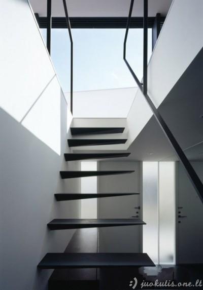 Keista, bet tuo pačiu ir nuostabi architektūra