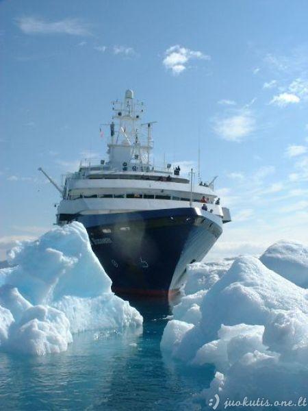 Apleistas kruizinis laivas