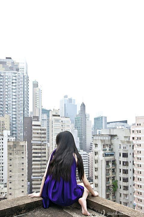Mergina, neturinti baimės jausmo