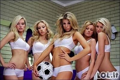 Merginų futbolo komandos