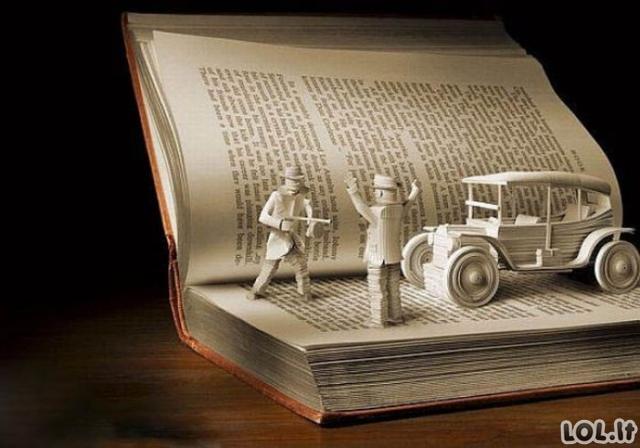 Knygų skulptūros
