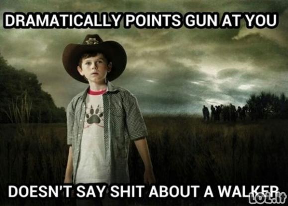 """""""Walking dead"""" mėmės"""