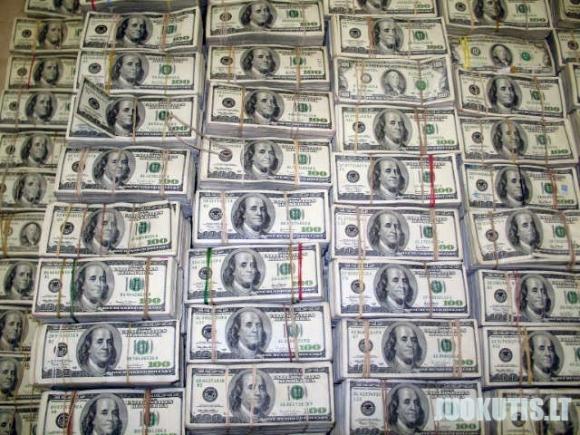 205 mln dolerių 200mln eurų 157mln pesų
