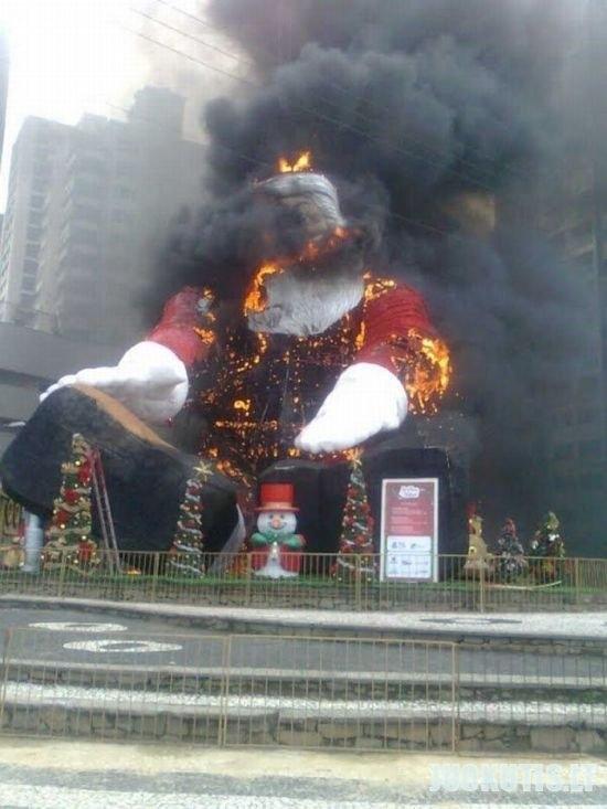 Šiemet kalėdų nebus :\'(