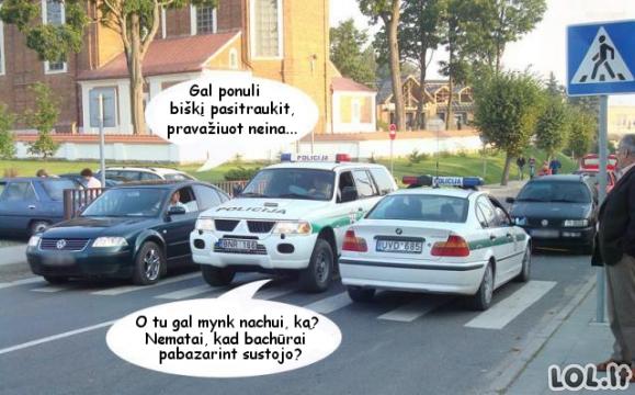 Pokalbis viduryje gatvės
