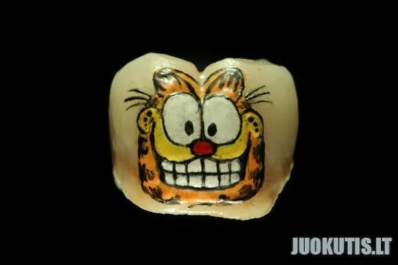 Dantukų tatoo