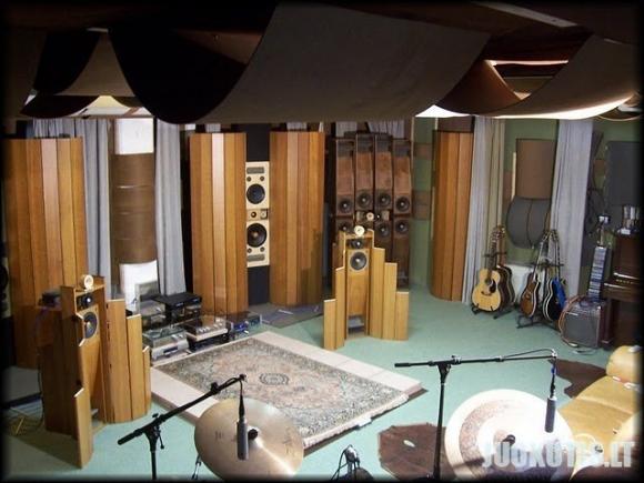 Kambarys didžiausiam melomanui