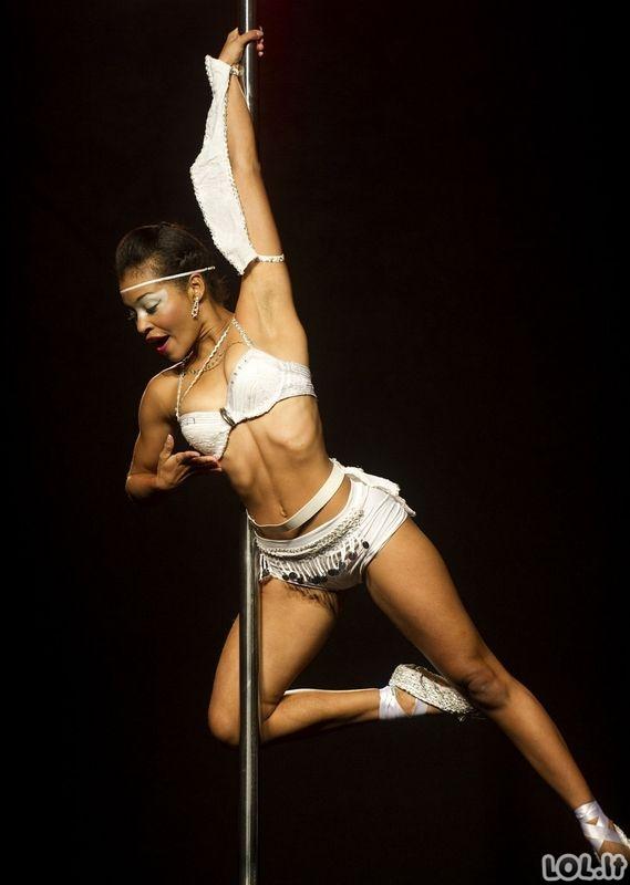 Vaizdai iš striptizo konkurso