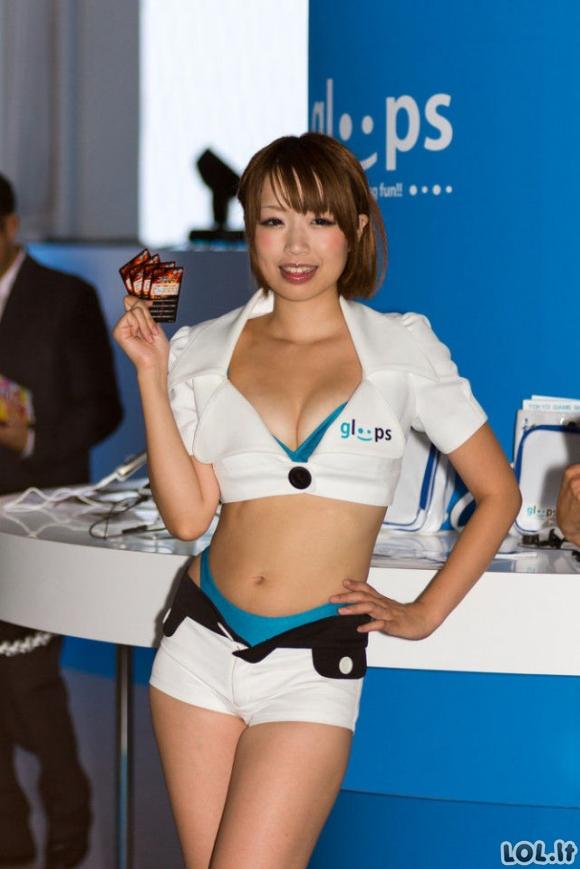 Seksulkos japonės žaidimų parodoje