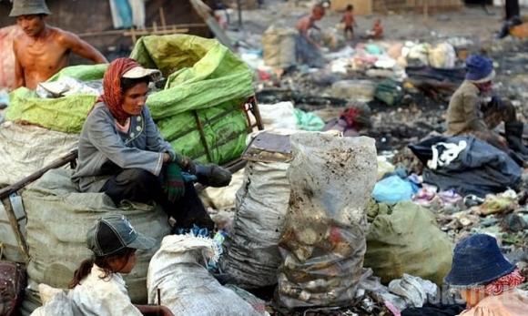Gyvenimas šiukšlyne Indijoje