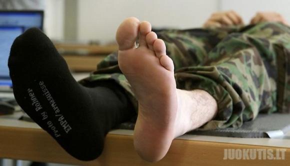 Šveicarų armija testuoja naujas kojines