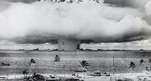 Atominių sprogimų nuotraukos